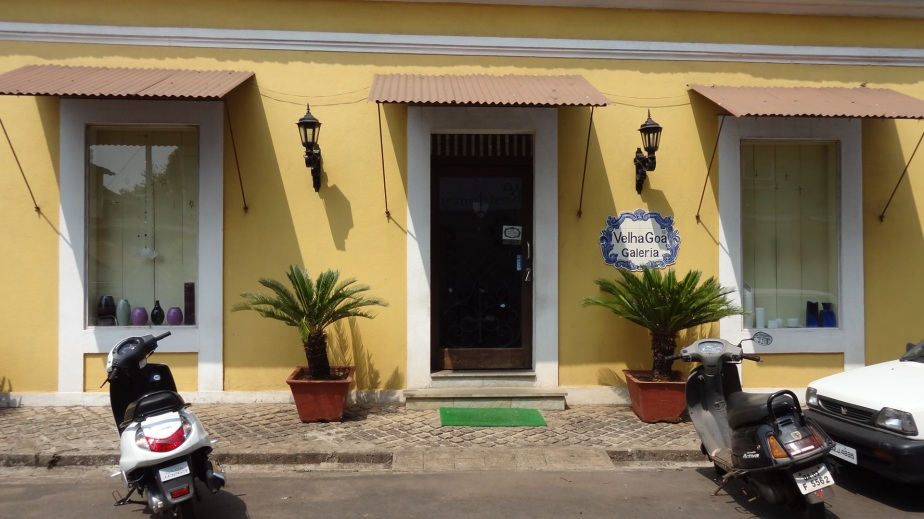 An art gallery in Panjim that sells the blue hand-painted tiles