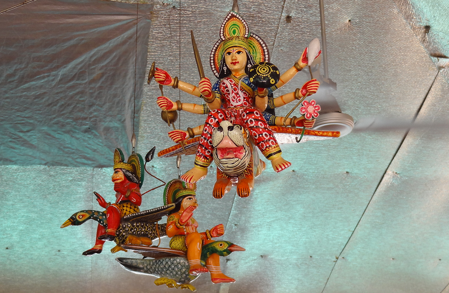 Ceiling decorations in the terrace area